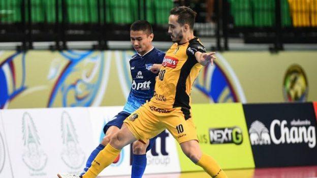 พีทีที บลูเวฟ ชลบุรี 3-4 แมกนัส โซโรคาบ่า