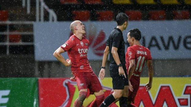 Bangkok United 1-0 Ubon UMT United