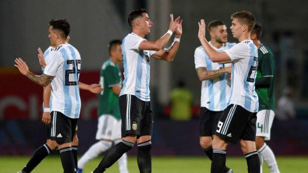 อาร์เจนตินา 2-0 เม็กซิโก