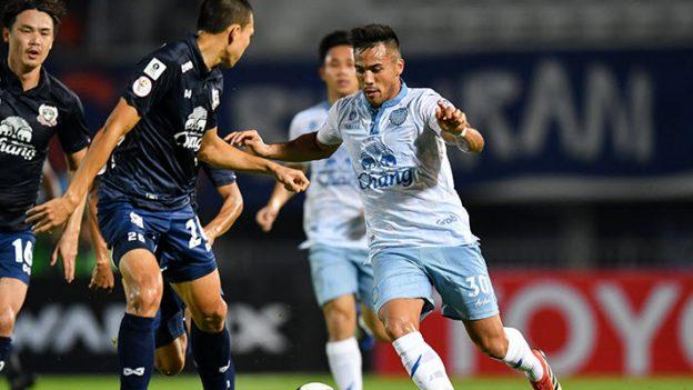 สุพรรณบุรี เอฟซี 0-0 บุรีรัมย์ ยูไนเต็ด
