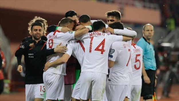 แอลเบเนีย 0-2 ตุรกี