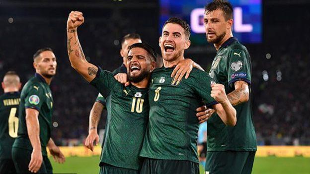 อิตาลี 2-0 กรีซ