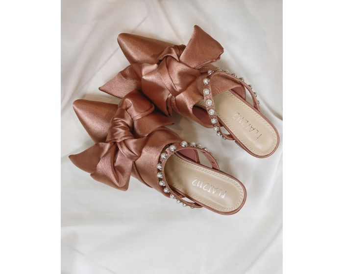 HH23 Bowy Sandals