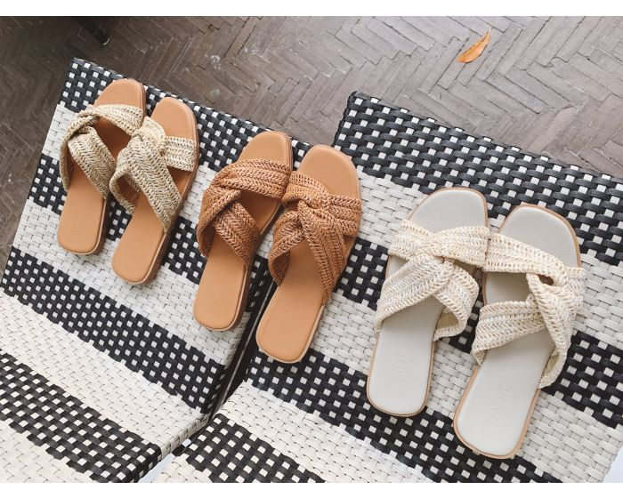 HH35 Coconut Sandals