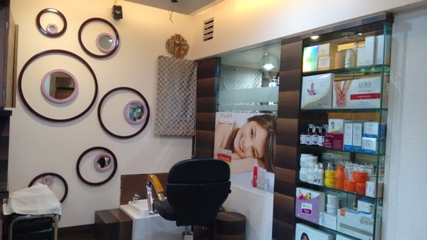 Beyond Beauty Spa and Salon  is One of the Best Salon for Women In Nigdi  With top Quality Services.