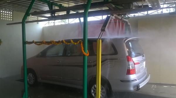 #Robotic Car washing services are now available at visakhapatnam. - by Car Wash | Vizag, Visakhapatnam