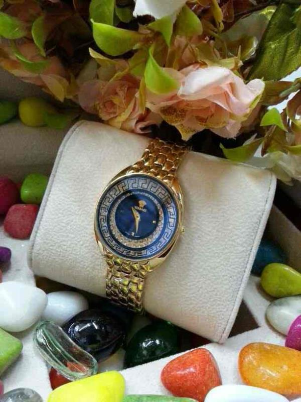 VERSACHE WATCH FOR GIRLS     CONTACT FOR WHOLESALE AND RETAIL PRICE :- 91-9654571571 - by Classic Eyewear, Delhi