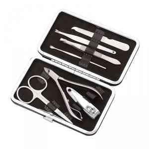 Dizionario Large 7 pc Premium Manicure kit in Leatherette Case - N03