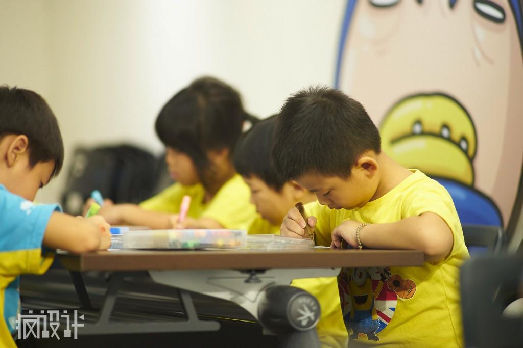 rsz_07圖說:展覽設置「夢想教室」,將於每個週末舉辦diy創作課程,讓小朋友們看完展覽後也能立即大展身手!