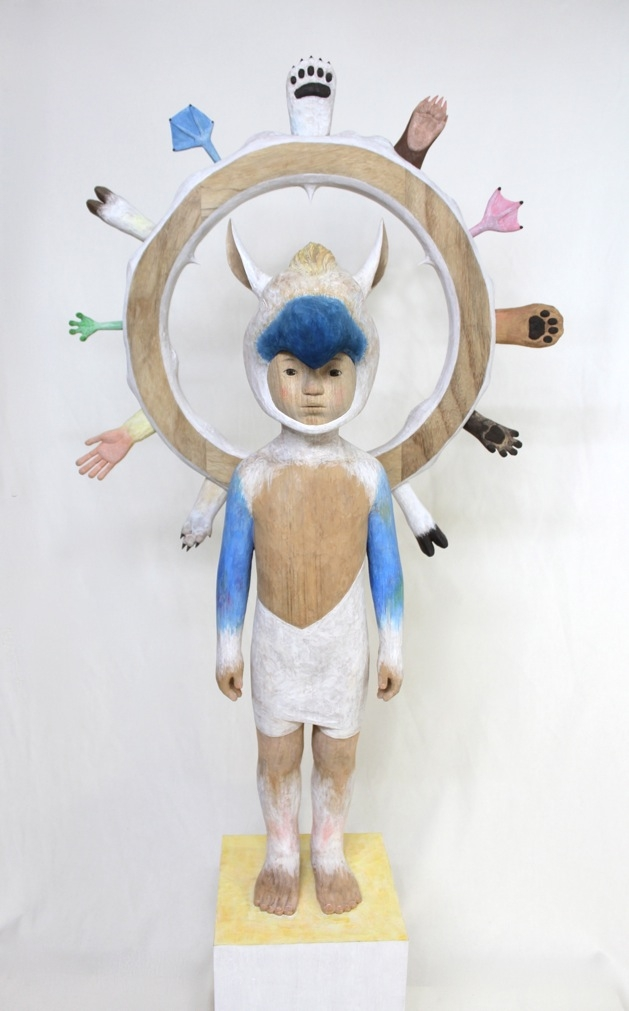 小泉悟_Spectrum_56x26.5x93(119)cm_woodcarving, polychrome, resin_2015