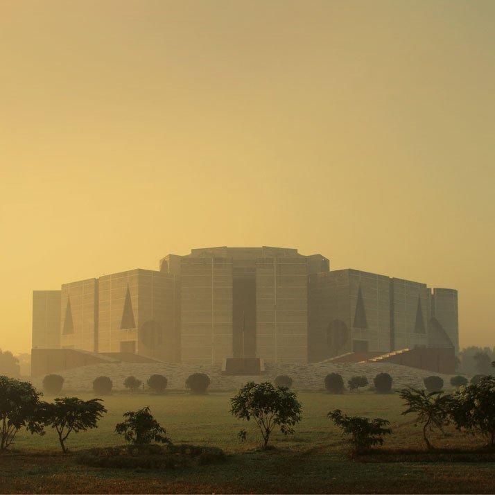 Louis-Kahn-國民議會大廈在孟加拉國達卡,路易·卡恩,1962-83