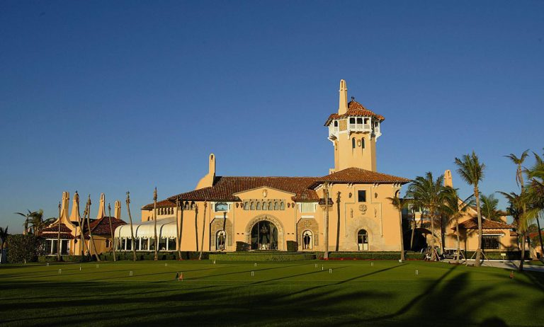 Donald-Trump-Mar-a-Lago-Palm-Beach-Florida_2-768x462