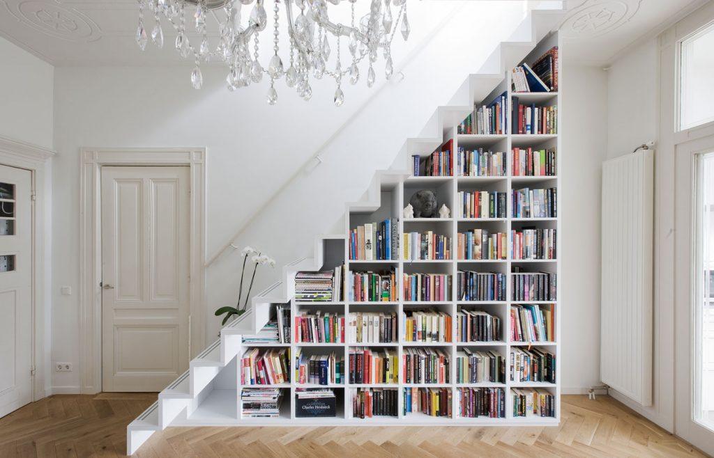 bookstaircase_1