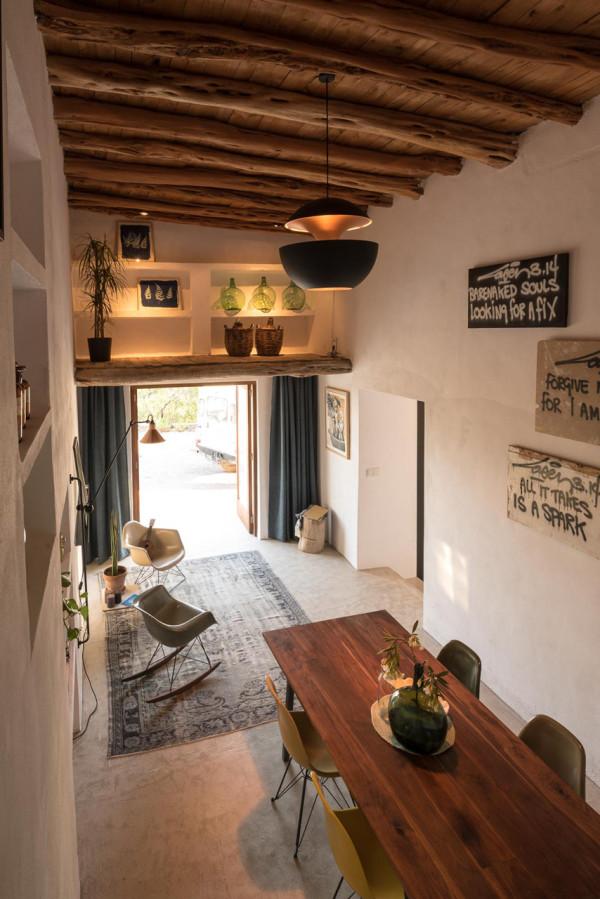 IBIZA-CAMPO-LOFT-Standard-Studio-Ibiza-Interiors-9-600x899