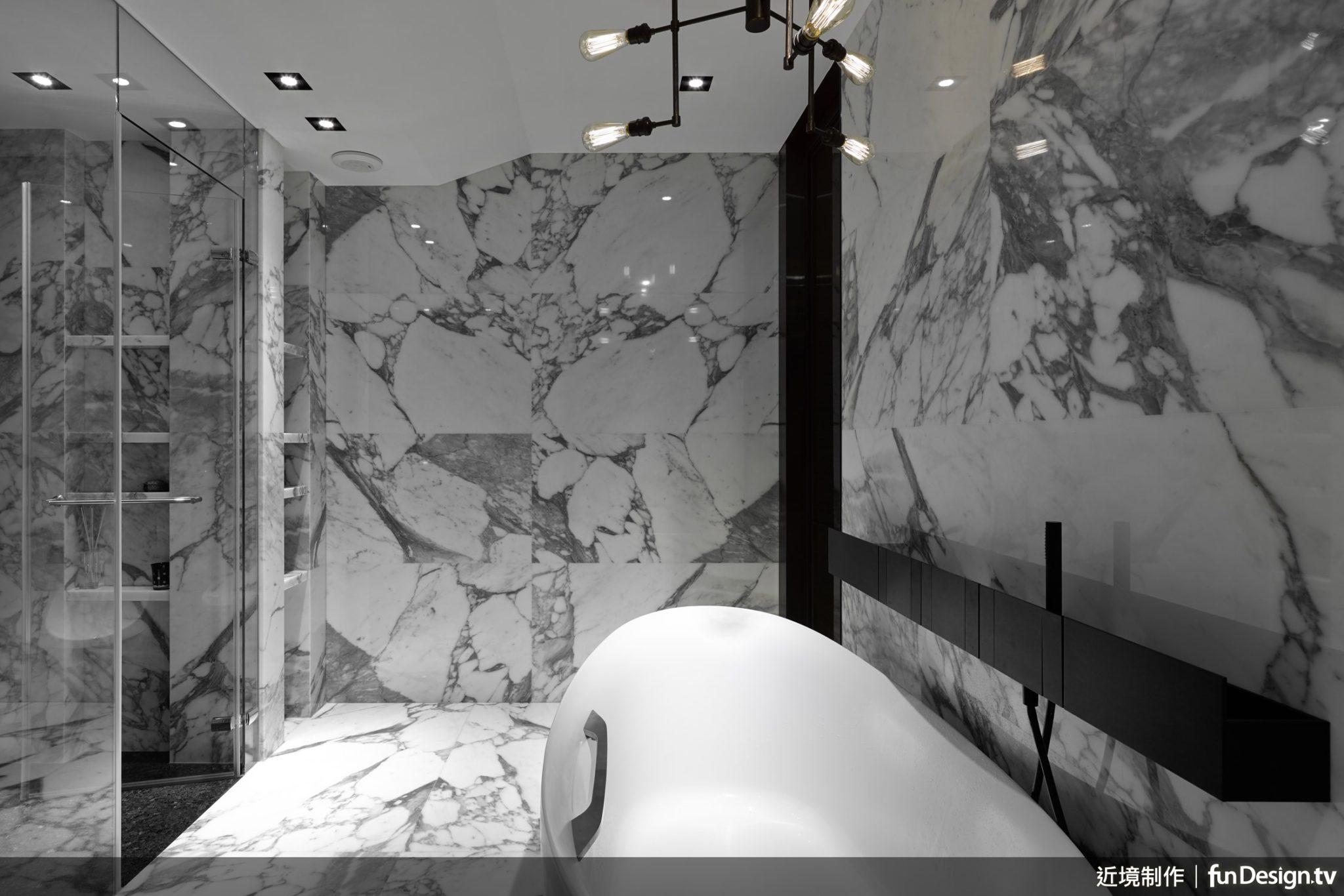 唐忠漢總監認為,充分掌握每塊石材的紋路、結構、硬度等特質,才能發揮素材的最大效果。