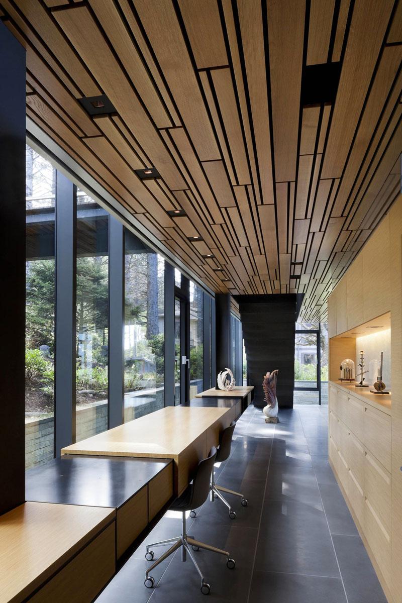 hallway-desks_011016_12