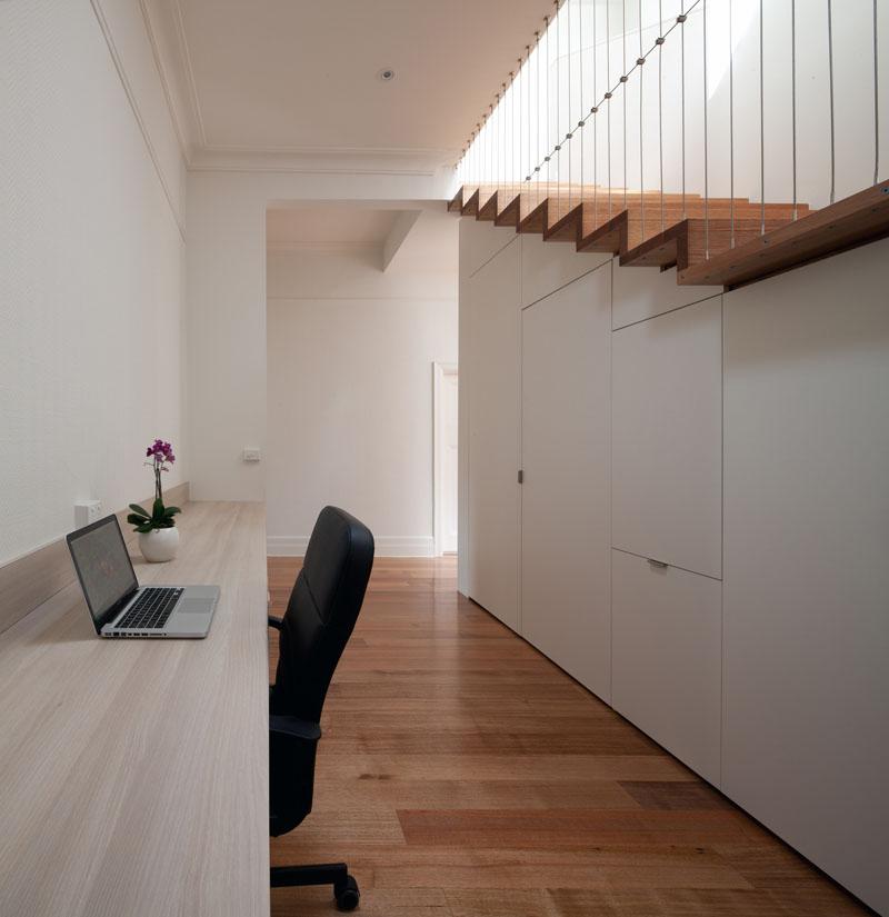 hallway-desks_011016_13