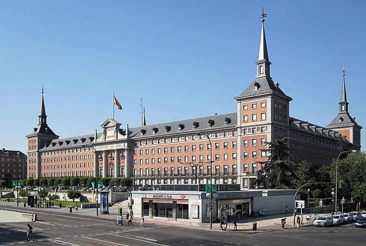 800px-madrid_ejercito_del_aire