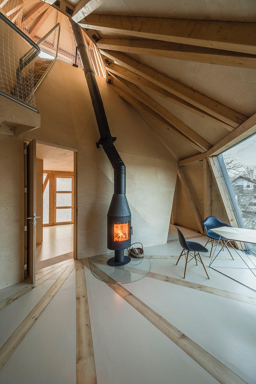 house-in-the-orchard-sepka-architekti-prague-czech-republic_dezeen_2364_col_10