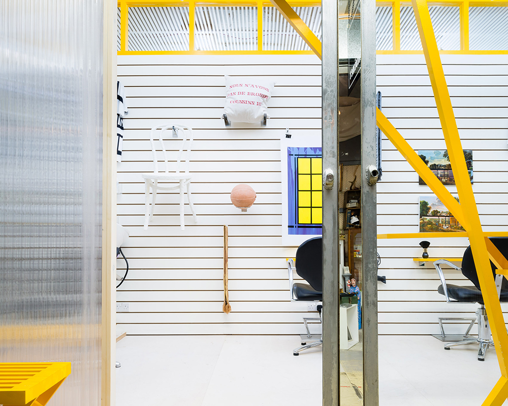 dkuk-sam-jacob-art-gallery-hair-salon-interior-design-london-uk_dezeen_2364_col_5