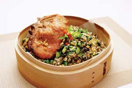 Black Olive Fried Rice w Pork Chop  猪扒榄菜炒饭