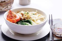 Crabmeat Dumpling  Noodle Soup w Prawn 蟹肉虾水饺面汤