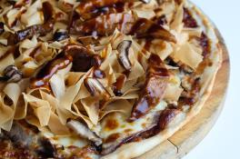 Roasted Duck Pizza