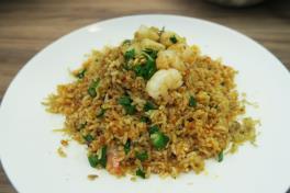 潮酱一品炒饭 Seafood Fried Rice w Teochew Spicy Sauce