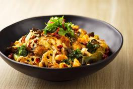 Stir Fried Mushroom & Veg Pot 干炒香菇什锦蔬菜锅