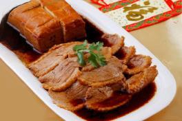 Teochew Braised Duck with Beancurd 潮州卤水鸭拼豆干