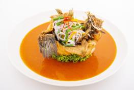 Deep-Fried Marble Goby  with Chinchalok Sauce 真加露炸笋壳