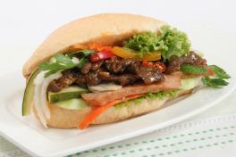 47. Baguette w Beef