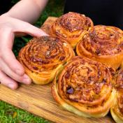 Maple-Mala Garlicky Bacon Buns (Set of 4)