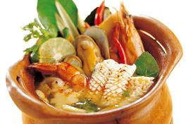 Tom Yum Soup w Seafood/ Prawn/ Chicken (pot for 2 person)