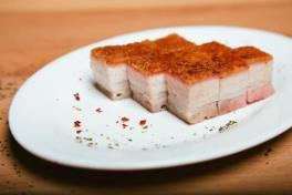 RD04A Crispy Roast Pork 烧肉 (1kg 1公斤 )