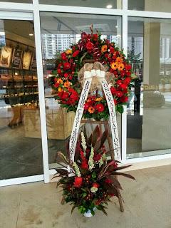 Good Luck Flower Stand