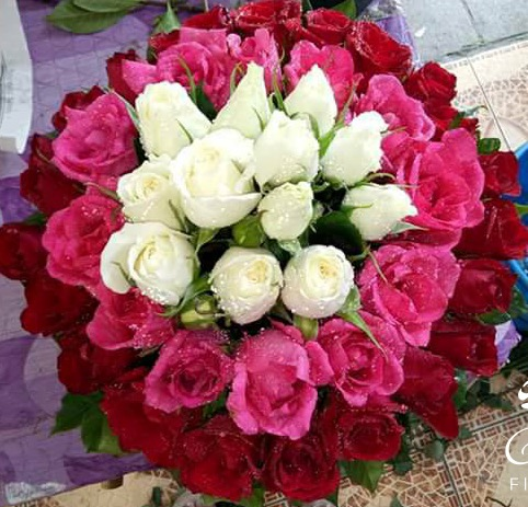 Assorted Roses Bouquet