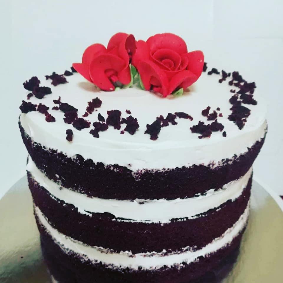 Red Roses Velvet Cake