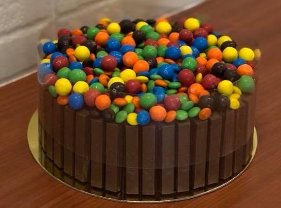 Kitkat M&M Cake