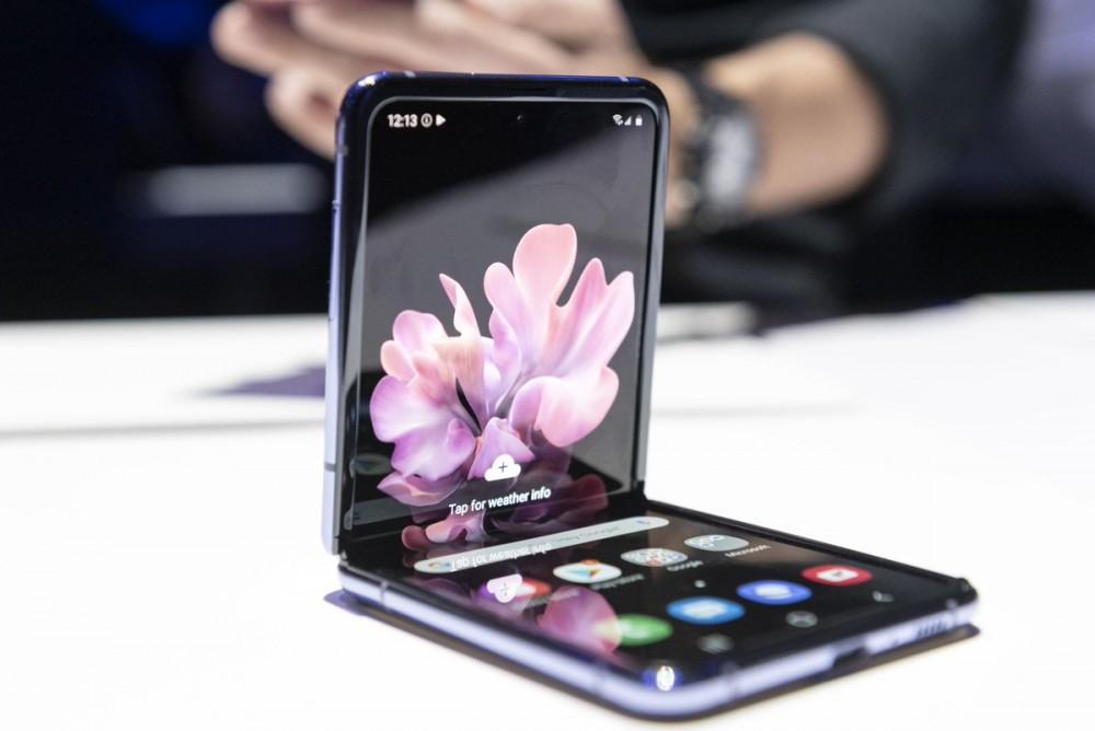 Samsung Galaxy Z Flip 引起熱話,Apple也將跟上折疊手機的潮流