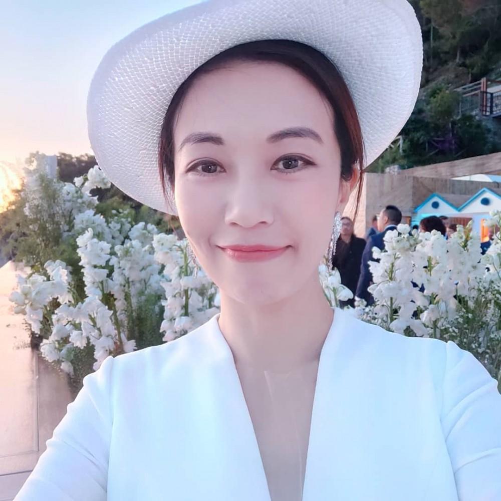 蕭敬騰女朋友Summer 63顆心《花花萬物2》首認愛