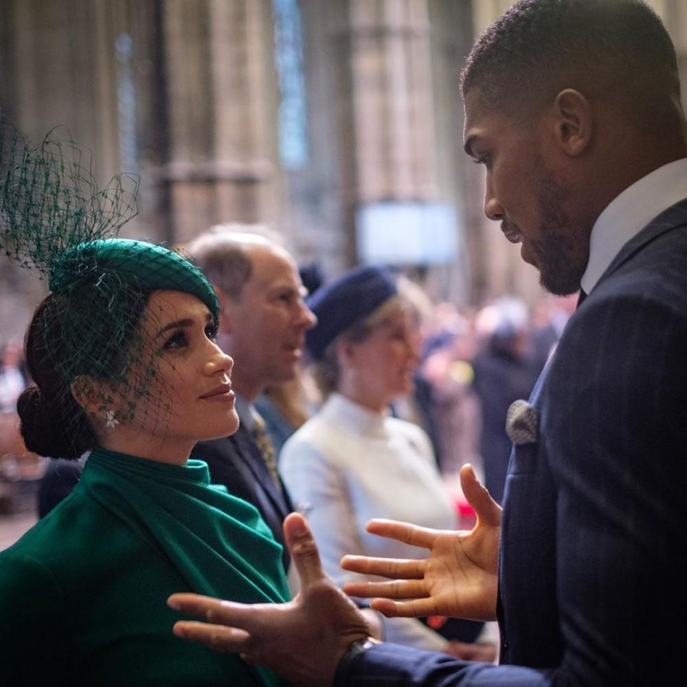 哈里王子與梅根宣佈退出英國皇室後,最近出席「國協慶典」履行最後皇室職務