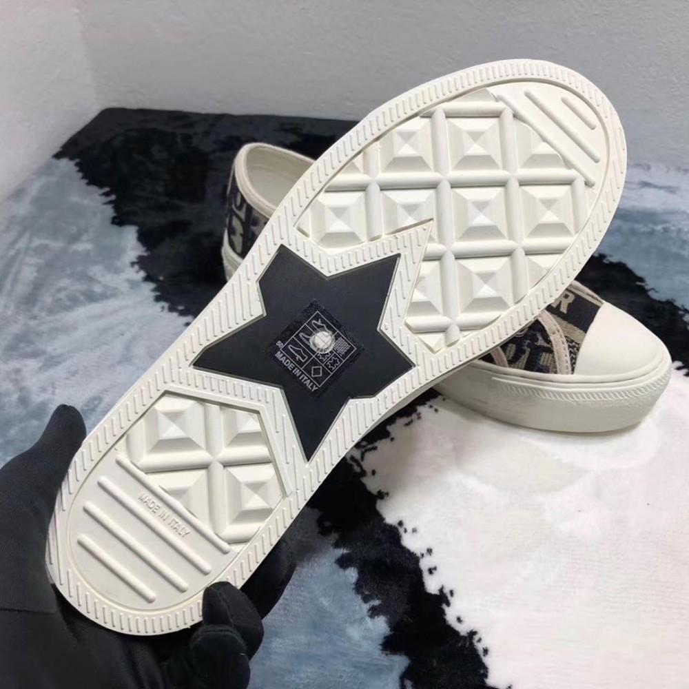 DIOR帆布鞋