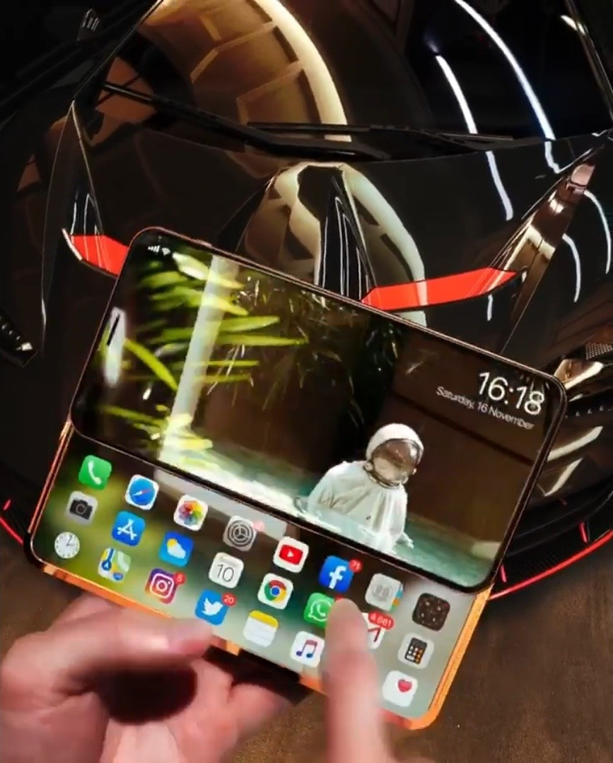 Iskander Utebayev創作「 iPhone Slide Pro