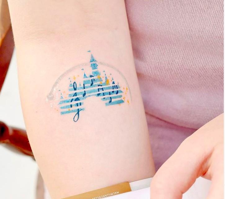 韓國紋身迪士尼城堡