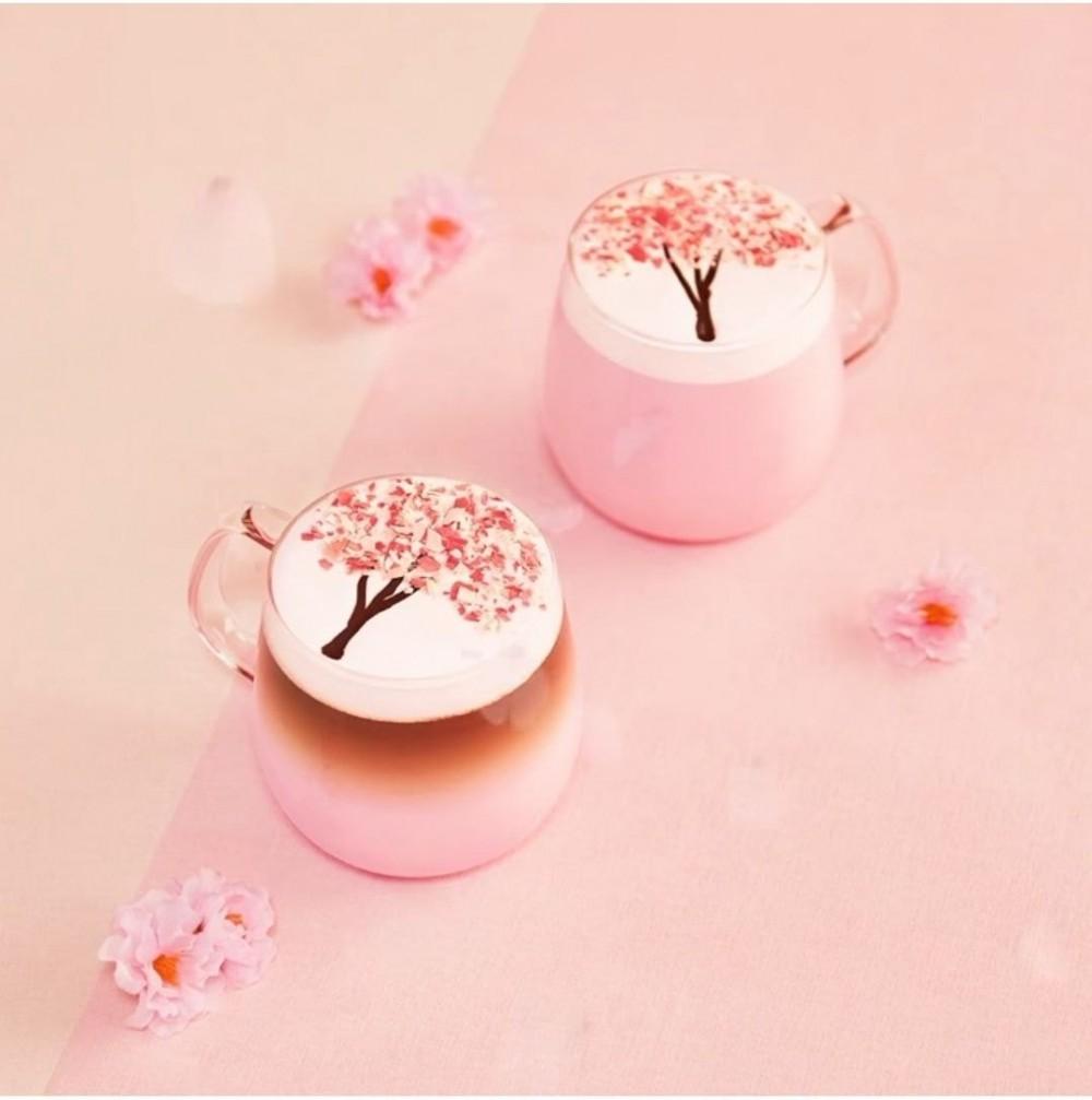 韓國Starbucks 櫻花紅寶石拿鐵 拉花櫻花