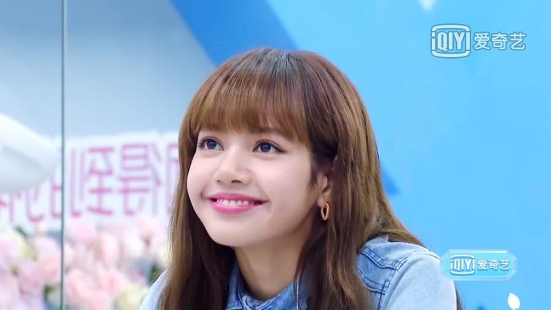 韓國女團BLACKPINK成員Lisa首次參演的內地真人騷《青春有你2》