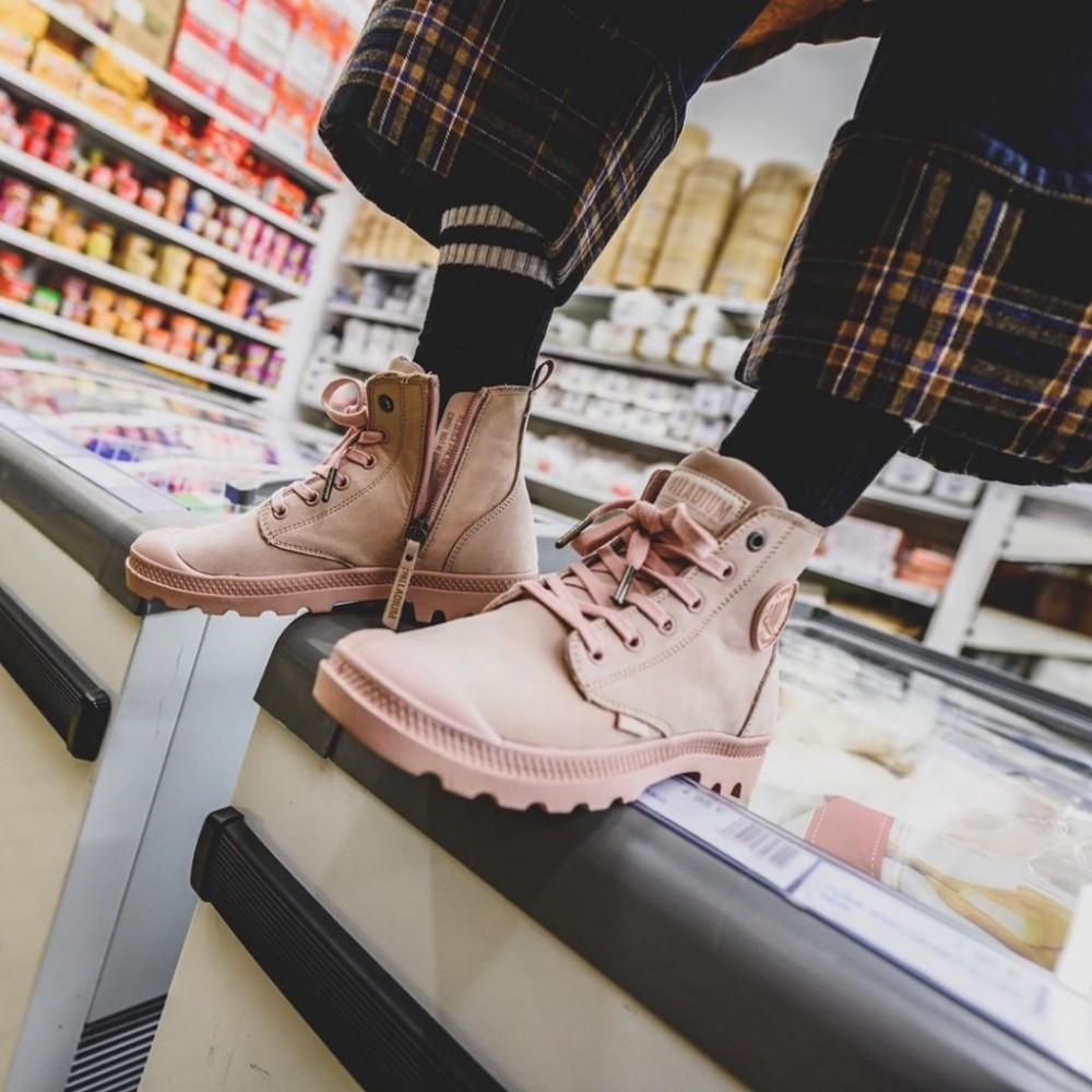 Palladium氣質櫻花粉色短靴