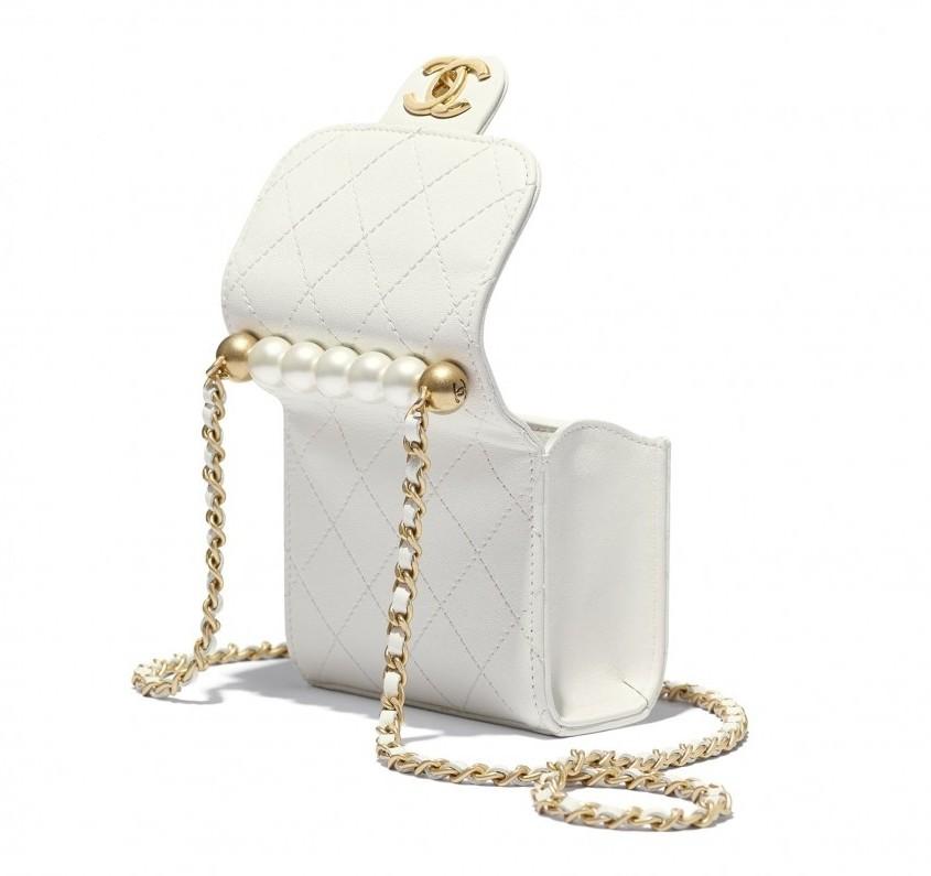 手袋尺寸為11×11×5.5cm,小小一個揹起來更顯溫柔可愛感!