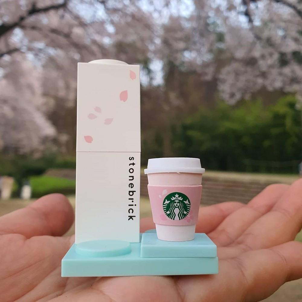 韓國Starbucks聯乘Stone Brick櫻花積木唇膏